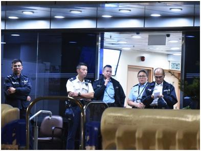 有救兵上线 港媒:港警聘任千名退戚警百裙完工